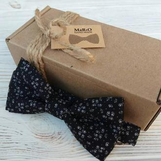Бабочка-галстук черная с мелким рисунком