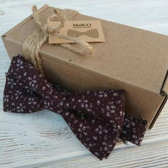 Бабочка-галстук коричневая с мелким рисунком