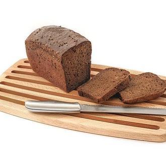 Доска для нарезки хлеба.