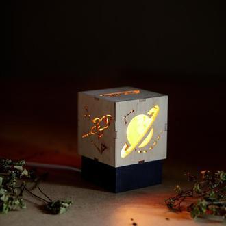 """Дерев'яний нічний світильник з лампою Едісона """"Космос"""""""