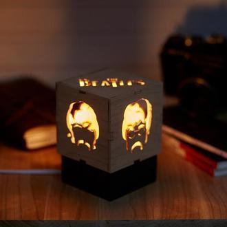 """Дерев'яний нічний світильник з лампою Едісона """"Бітдз"""""""