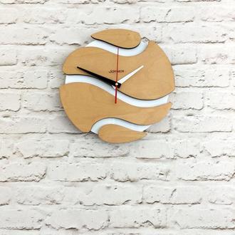 Деревянные настенные часы Шар белый