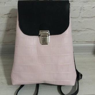 Рюкзак из натуральной кожи CrazyHorse + рептилия. Цвет черный/розовый. Ручная работа