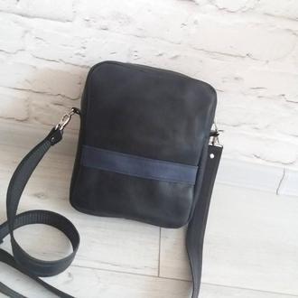 Мужская сумка из натуральной кожи CrazyHorse. Цвет черный. Ручная работа. Без подкладки