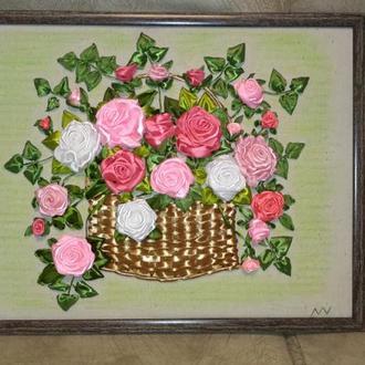 Авторская работа картина вышитая атласными лентами, Нежные розы в корзине