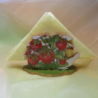 """Салфетница из дерева """"Ёжик в ягодах"""""""