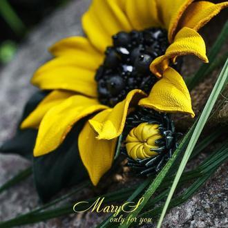 Брошь «MaryS Leather Accessories» от Cтудии кожаных аксессуаров Марии Суслиной