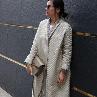 Женское легкое пальто из жаккарда
