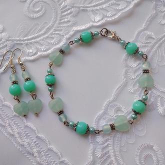 Комплект украшений -  браслет и серьги в мятном цвете