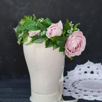 Венок с цветками розы премиум