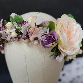 Венок с цветком розы Д.Остина нежно-персикового цвета