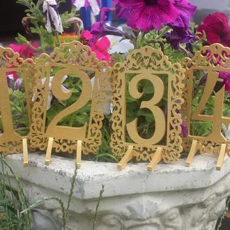 Цифры на свадьбу Крашенные