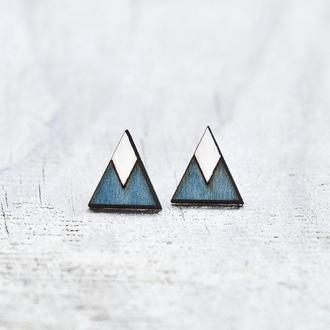 Серьги гвоздики треугольники