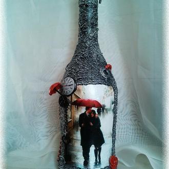 """Бутылка в подарок  """"Красный зонт"""" Подарок на день влюбленных годовщину знакомства свадьбы"""
