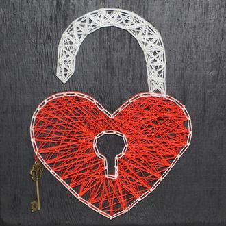 Набір для творчості в техніці String Art Ключик від серця