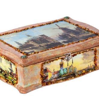 Интерьерная шкатулка для ценных бумаг и украшений.