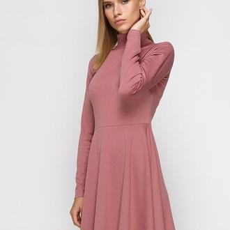 Платье-гольф пыльно-розовое