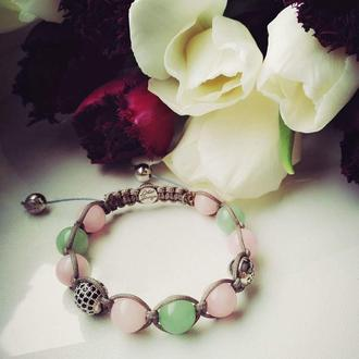 Легкий и нежный женский браслет Lotus Design с зеленым нефритом,розовым кварцем и серебром 925 пробы