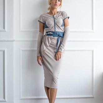 Платье со съемными рукавами