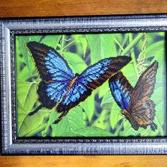 """Картина вышитая бисером """"Бабочки"""""""