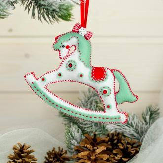 """Новогодняя игрушка на ёлку """"Лошадка"""""""