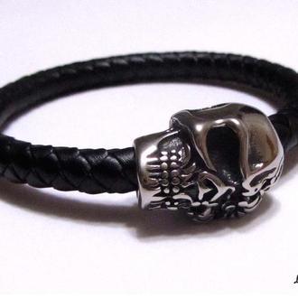 Мужской браслет из натуральной кожи, замок череп (из нержавеющей стали).