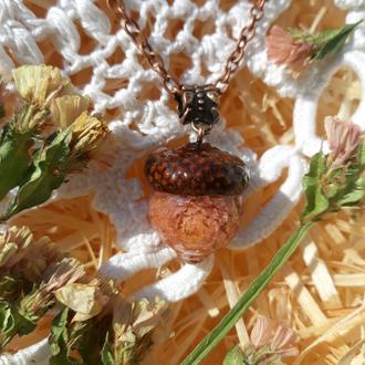 Кулон желудь с цветком гомфрены