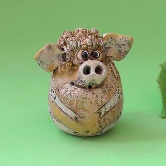 Свинка смешная фигурка свиньи