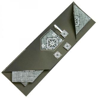 Вышитый набор Моргач. Вышитый галстук + зажим + запонки