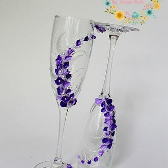 Свадебные бокалы с ручной лепкой и росписью в фиолетовом цвете