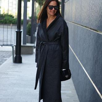 Зимнее женское пальто утепленное