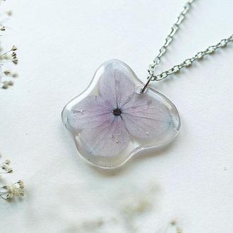 Кулон с  цветком Гортензии