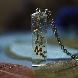 Кулон-кристалл с полевым растением