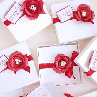 Gift Box «Femme» - открытка в коробочке