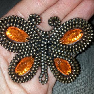 Брошь Янтарная бабочка