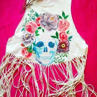 Женская футболка с черепом