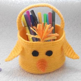 Декоративная детская корзинка для мелочей Уточка вязанная крючком