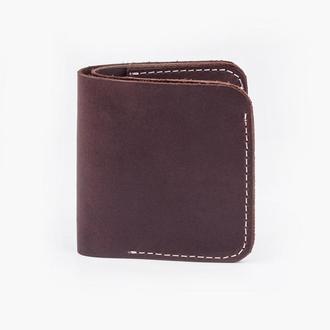 Классический кошелёк шоколадного цвета