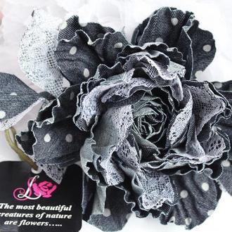 Джинсовая роза «Озорной горошек». Цветы из ткани