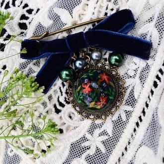 Брошь с росписью ′enchanted garden′