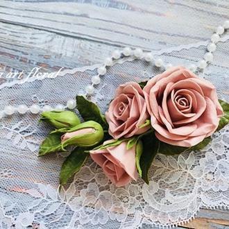 Заколка для волосся з рожевими трояндами