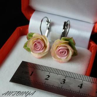 Серьги с розами