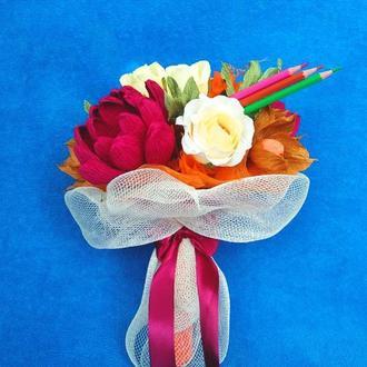 Праздничный конфетный букет ко Дню Учителя.