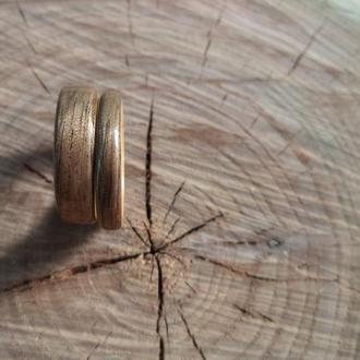 Кольца ручной работы из дерева черного ореха и ясеня