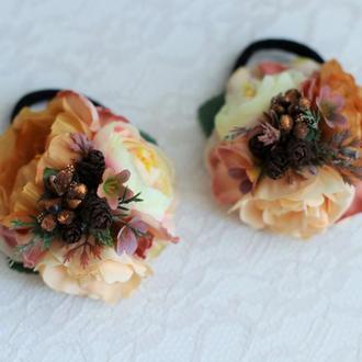 Пара цветочных резинок