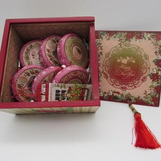 Новогодний набор с большими медальонами подвесками