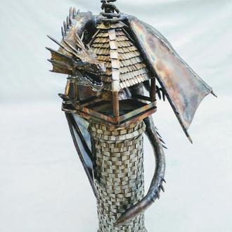 дракон на башне из нержавеющей стали ручной работы