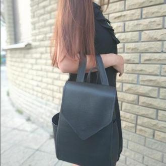 Городской вместительный рюкзак из черной рельефной кожи