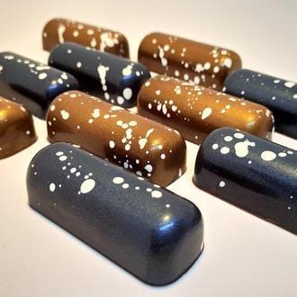 """Корпусная шоколадная конфета """"Карамель с кристаллами морской соли"""""""