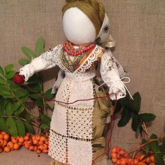 Оберегова сувенірна лялька в  техніці мотанки